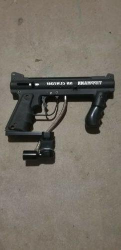 tippmann 98 custom paintball gun with mask and accessories