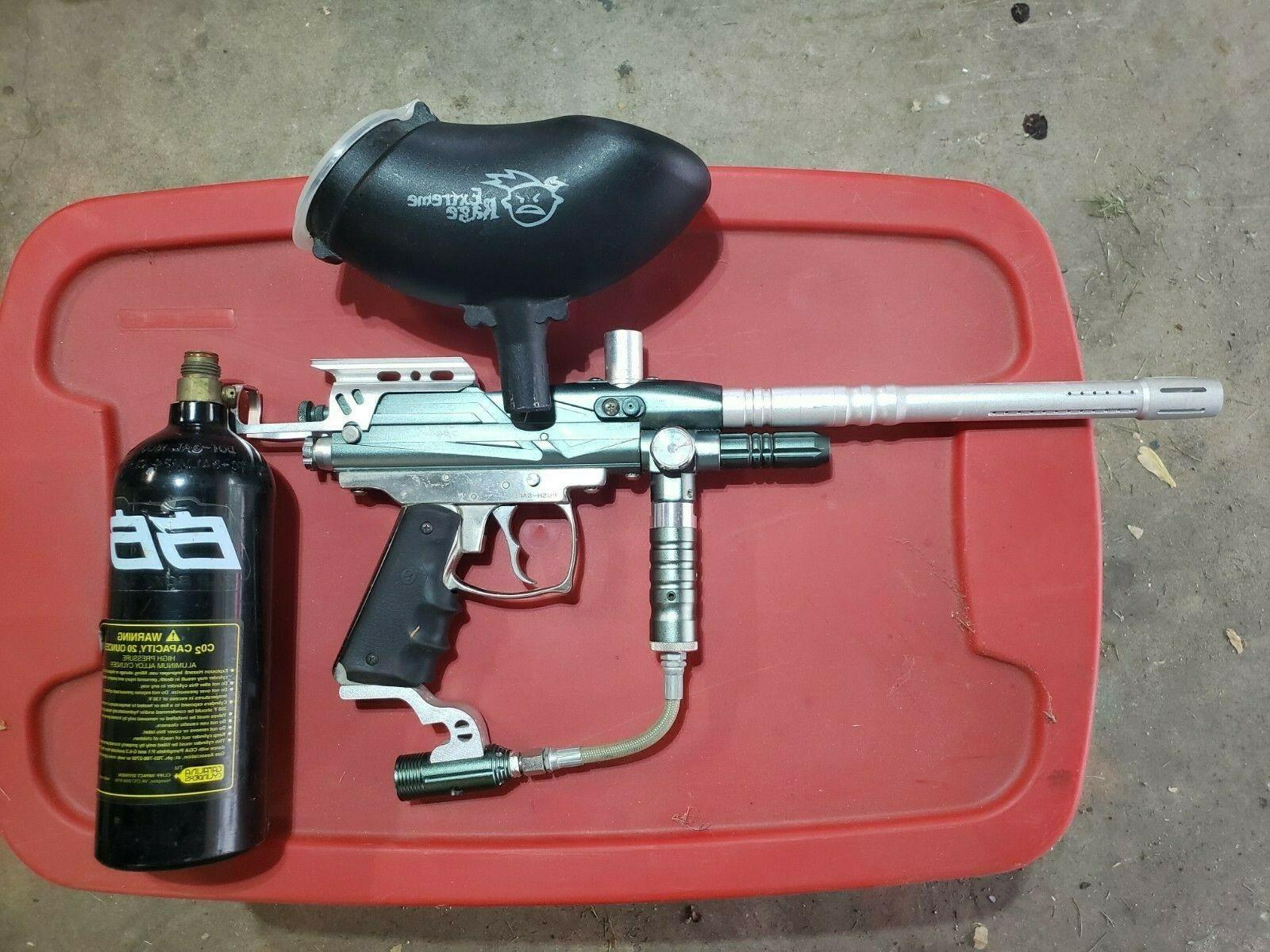 rodeo paintball gun and tank hopper