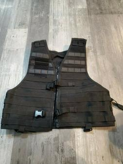 SOG vest airsoft paintball gun hunting USED ONCE